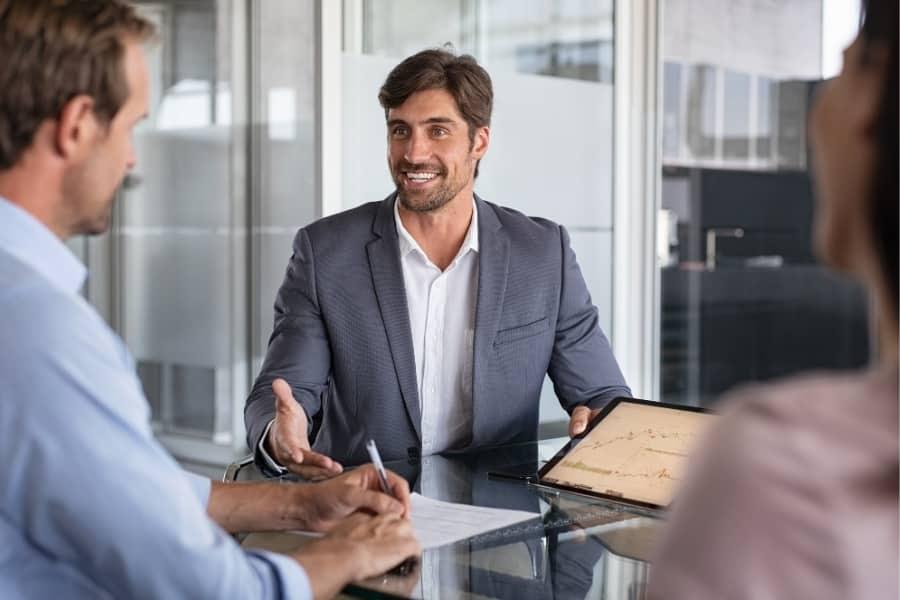 Berater Finanzierung